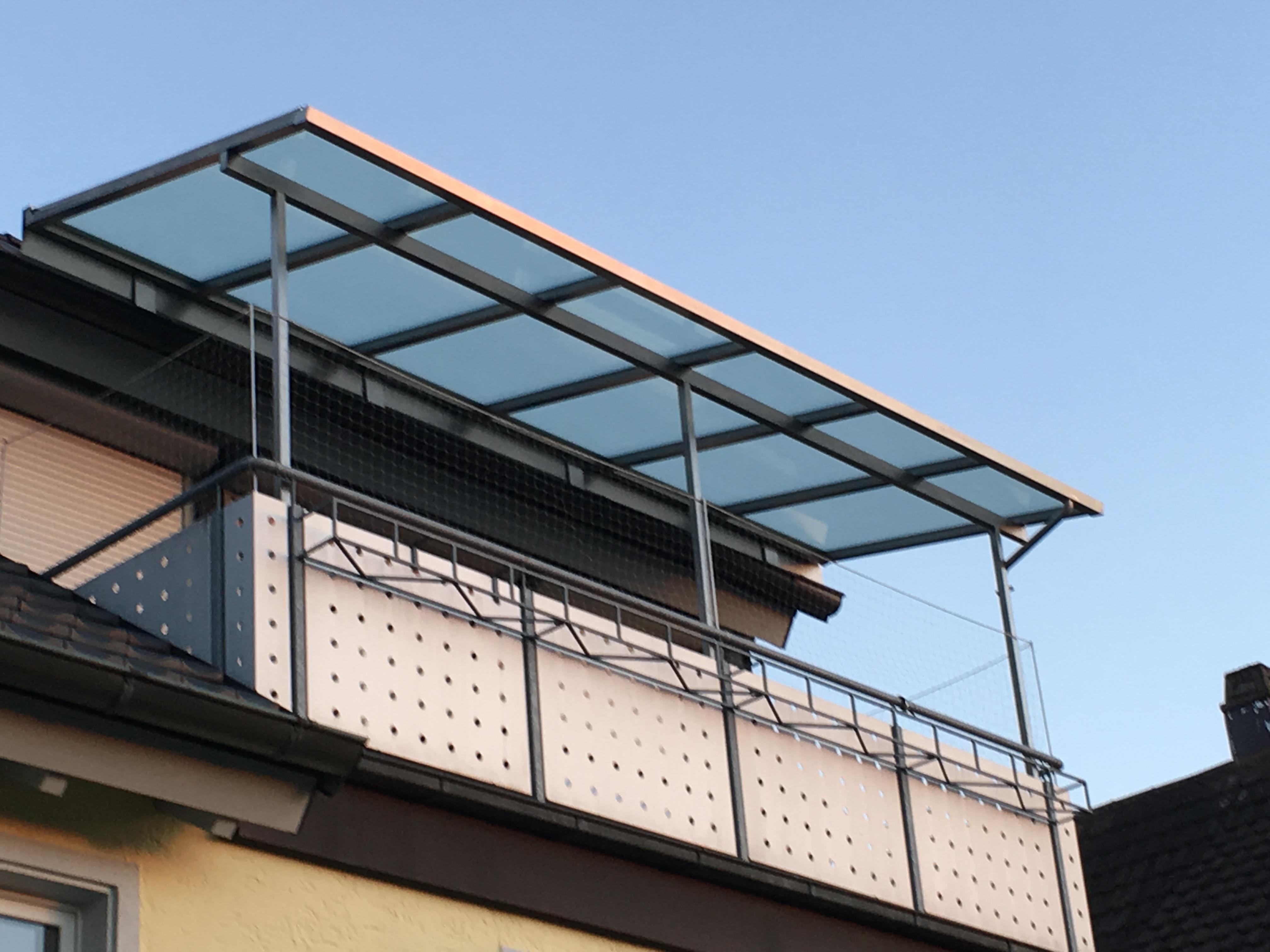 Balkonüberdachung Lauf in Edelstahl 1